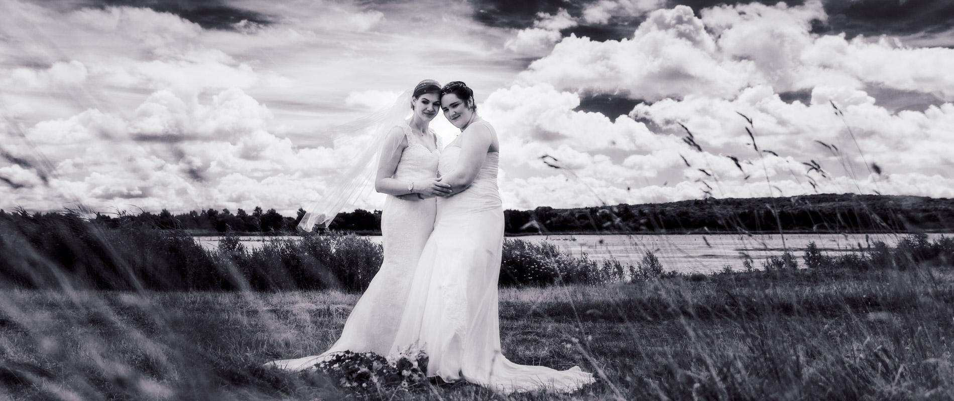 lesbian wedding photography kent
