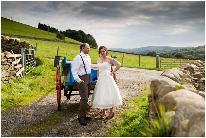 Rustic wedding photography in Derbyshire