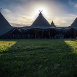 giant tipi hire for weddings