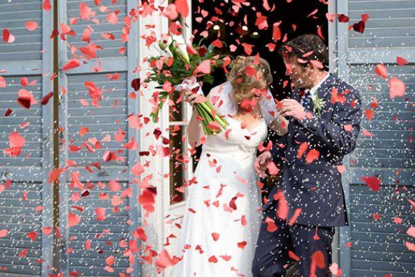 creative-kent-wedding-photographer